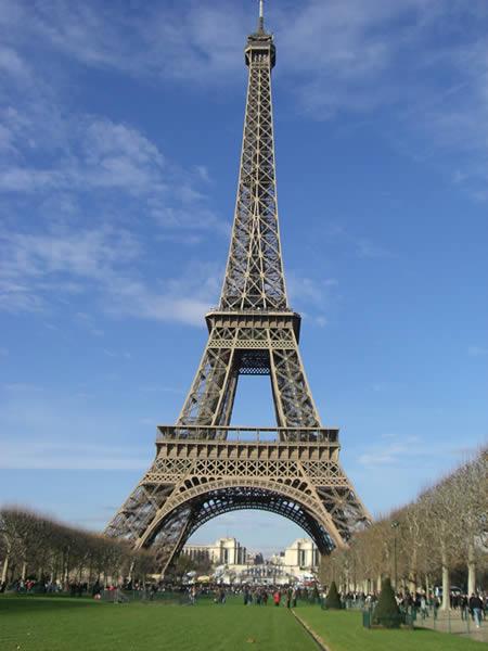 A11-Tour-Eiffel-depuis-Invalides https://sorinplaton.wordpress.com
