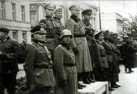 parada comuna sovieto-nazista
